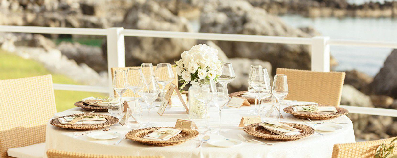 Particolare allestimento tavolo per matrimonio