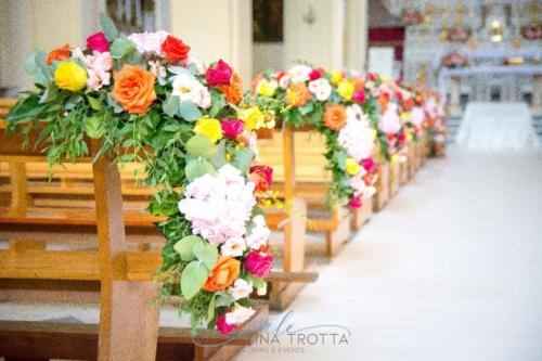 fiori chiesa wedding tropical colorful