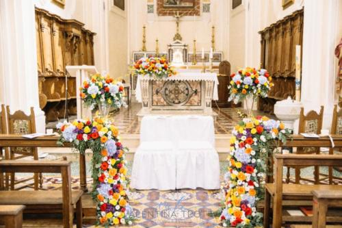 fiori colorati matrimonio chiesa colorful wedding