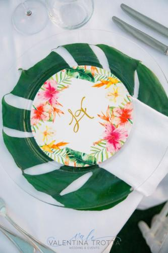 menu tondo luxury wedding tropical